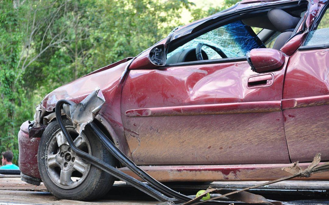 ¿Quieres evitar tener un accidente de coche? Revisa los 7 puntos clave!